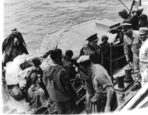 General Stivers Embarks For Leyte